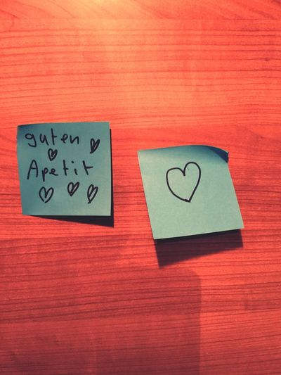 Schön, wenn man nach Hause kommt und überall liebe Zettel findet:-) Liebe Zettel Home