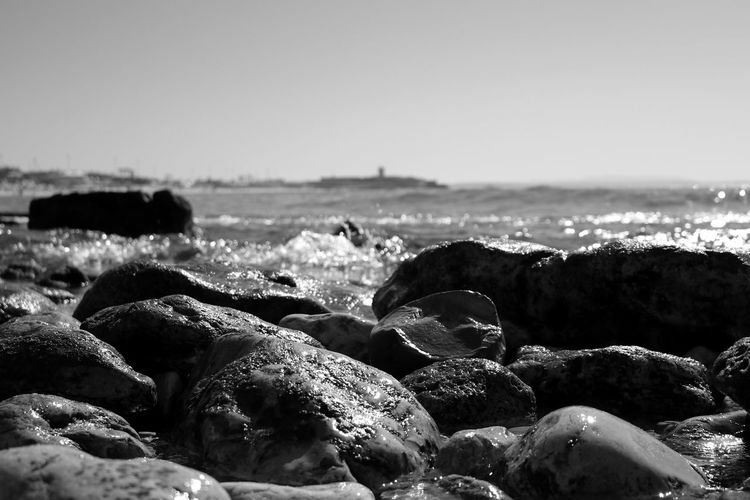 Rocks And Pebbles Black & White Black And White Blackandwhite Blackandwhite Photography Bnw Eye4photography  EyeEm Best Shots EyeEmBestPics Seaside Seascape Rocks EyeEm Nature Lover EyeEm Close-up Water Beachphotography Minimalobsession Minimalism Minimal EyeEm Gallery Taking Photos at Praia De Carcavelos Portugal Monochrome Photography