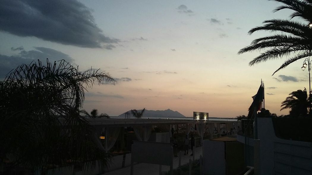 Terracina tramonto agosto Ombrelloni
