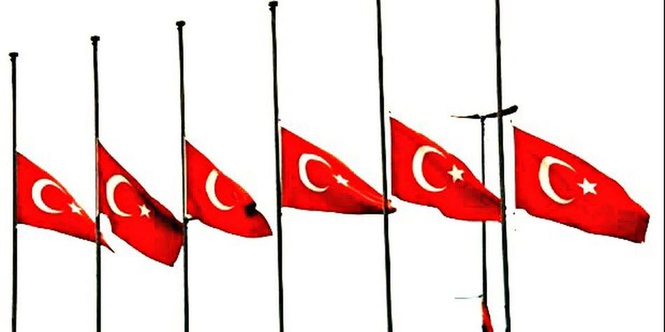 Ne Mutlu Türk'üm diyene 🇹🇷🇹🇷