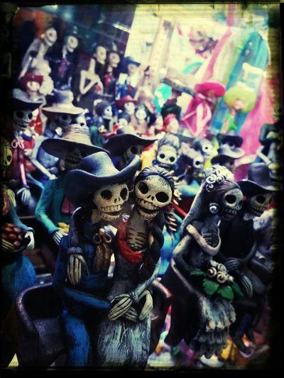 Day Of The Dead Senor Y Senroita Dia De Los Muertos Remembering The Dead