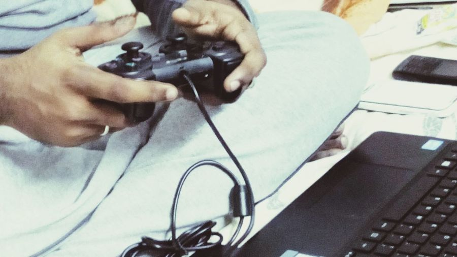 Technology I Can't Live Without Game Gamepad Home Is Where The Art Is Pivotal Ideas Monochrome Photography TakeoverContrast Game Addict Gamepads Gameaddict Game Addict! Game Addiction Dramatic Angles Overnight Success sold this almost 5 times EyeEmPaid Eyeem Paid Maximum Closeness