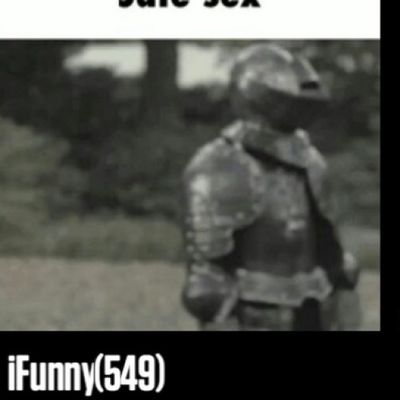 FOUND OUT WHERE ALL OF MY MEMORY WENT ON MY PHONE......WHY DO I SAVE SO MUCH SHIT? Somuch IFunny Runningout Toolazytocleanit dontwanttodeletethestash sogood 549 allthesegifs