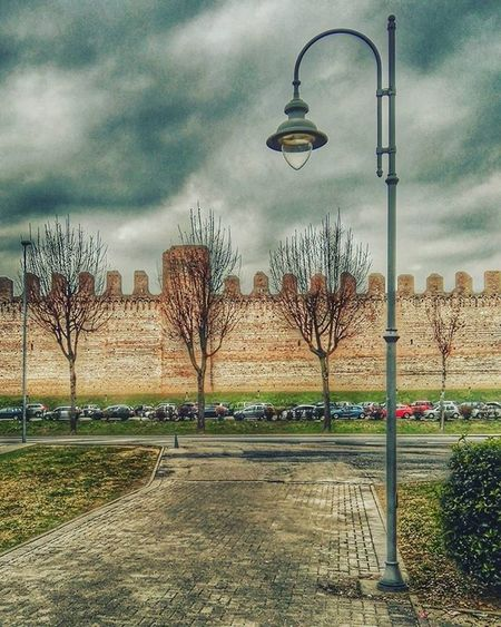 """""""Le nuvole fanno il Venerdì"""" Clouds Streetlamp Mura Friday Postinterview Urban Street HDR Emphasis Landscape Ic_hdr Ic_landscapes Hdr_captures Hdr_pics Hdrspotters"""