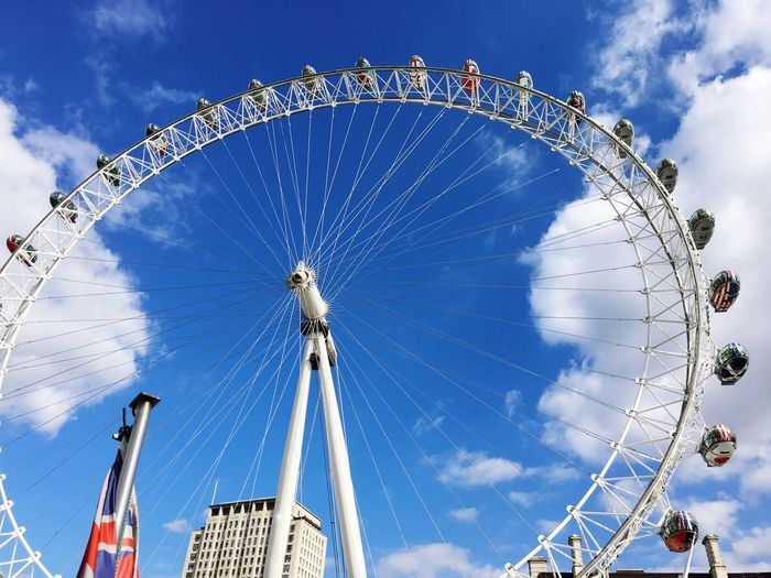 London Eye EyeEm Selects Sky Arts Culture And Entertainment Cloud - Sky Ferris Wheel Architecture Low Angle View Day Circle