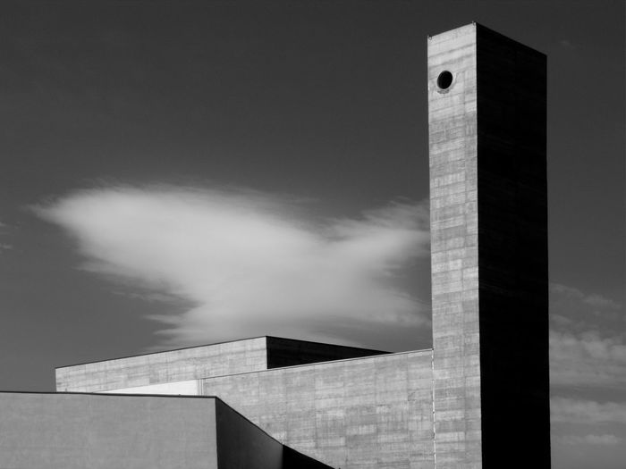Orwell Amerika 84 Abstract Architecture_bw Black And White Photography Clouds And Sky Day Light Dayafter No People Outdoor Silence Urban