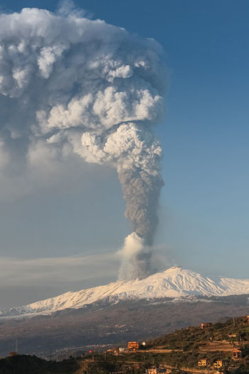 Mountain Volcano Erupting Smoke - Physical Structure Sky Geology Active Volcano Environment Beauty In Nature Scenics - Nature Power Cloud - Sky Power In Nature Non-urban Scene Landscape Day Land Emitting Nature Physical Geography Mountain Peak No People Outdoors Pollution Volcanic Crater