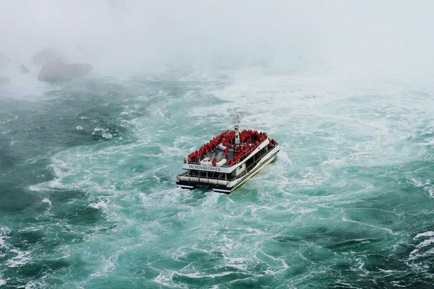 Hornblower Ferry Fall Roughwaters Nature Niagara Falls People Welcome Weekly