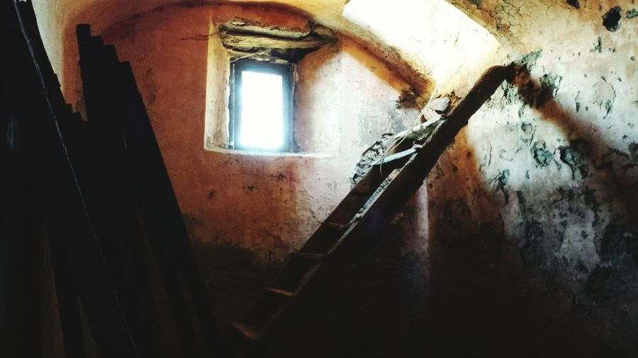 Indoors  Built Structure No People Architecture Day Hello Monte Soratte Photooftheday Illuminated Picoftheday Rome Happiness Looking At Camera Architettura Roma City Life First Eyeem Photo City Rilievo Walking Around Relaxing Young Adult People Outdoors Architecture Nature