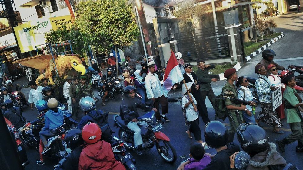 People in Jogjakarta. Jogjakarta Jogjaistimewa Jogjanesia Jogja Jogja Scene Jogjaart Travel Jogja People