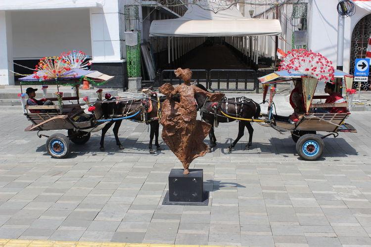 dansen horse INDONESIA Jakarta Andong Fatahilah  City Full Length Bicycle Riding City Life Cycling Architecture Rickshaw Tricycle Land Vehicle Horse Cart Awning EyeEmNewHere