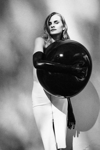 Smooth Confess Black And White Black Balloon Brunette Girl  Fashion Model Model Test Shoot Pretty Face  Wall Latex Skirt Black Gloves Make Up Female Woman Linas Was Here