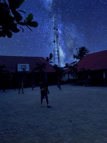 Magicsky Playing Basketball