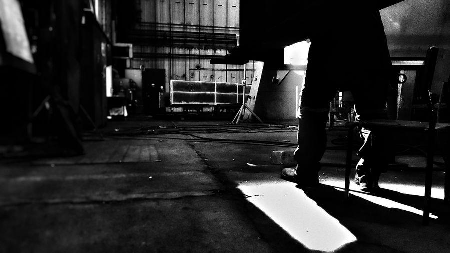 Shadows Reflection Lights Shadow Light Ndt Work Welder Indoors