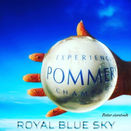 Pommery Champagne Glasses Champagne Hello World Champagne Lover Champagne Club Bubbles Followme Commercial Check This Out Sony A6000 Blue Sky Royal Blue Sky Hanging Out Funny Pics