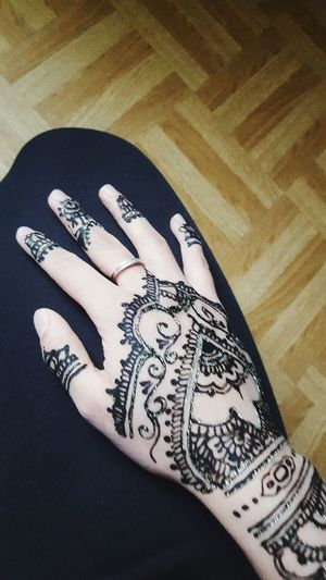 Beauty Henna Tattoo Arabian Hennatime Hennadesign Hello World Taking Photos Hanging Out Henna Art Henna Black