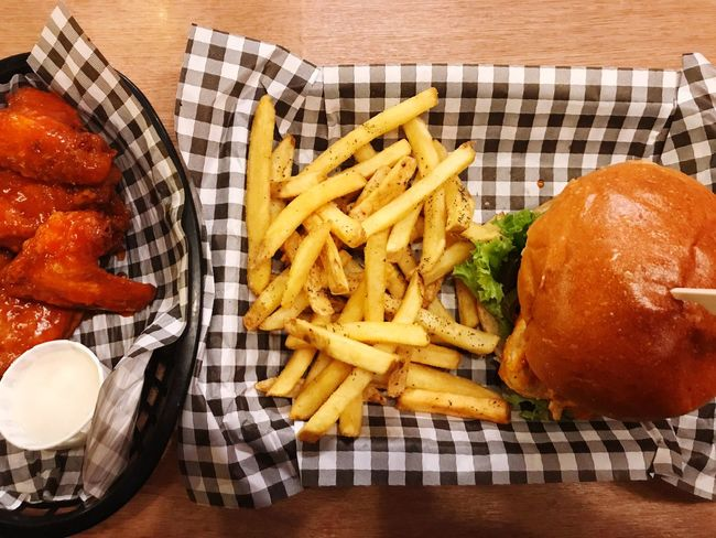 Anericanfood Dinning SLAW Bufflowings Close-up Food And Drink French Fries Food No People Indoors  Checked Pattern Unhealthy Eating Comfort Food Burger Rosemary Chips Lemonade Frankshotsauce London Eastcote