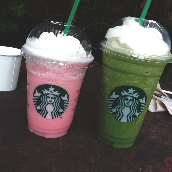 cotton candy and green tea frappuccino are for life 😍❤️
