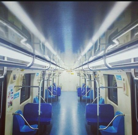 Commuter Train metro