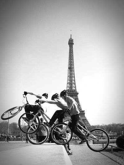 Urban bike chronophotography on Eiffel Tower Chronophotography EyeEm Bnw Bnw Bnw_life Streetphotography Black And White Urbanphotography Bnw_captures Noiretblanc Paris