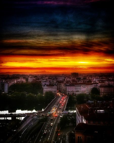 vue depuis ma chambre..... Lyon City Cityscape Illuminated Sunset Urban Skyline Road Rush Hour Light Trail City Life Speed