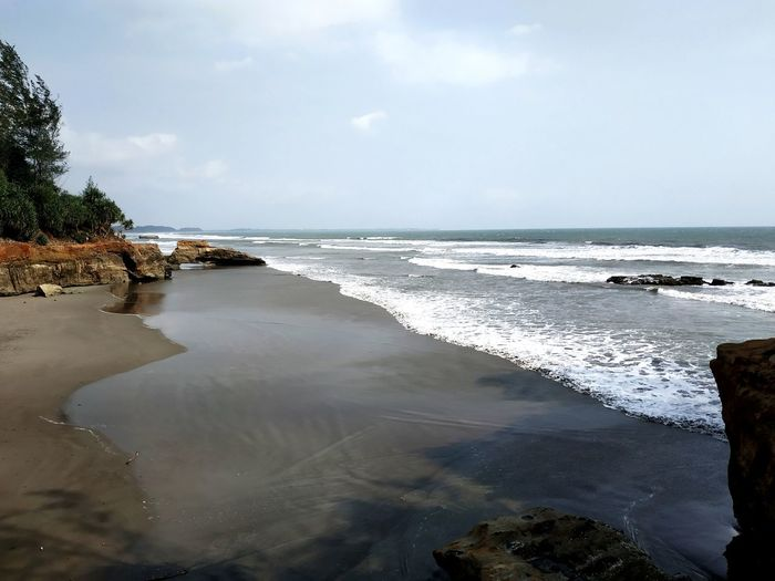 Long beach Bengkulu Bengkulu Pantai Panjang INDONESIA Sea Beach Tree Wave Sand Summer Blue Sky Horizon Over Water Island Dramatic Sky Lagoon First Eyeem Photo