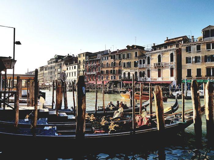 Venecia, Italia Venecia Italy Architecture Building Exterior Gondola - Traditional Boat Be. Ready.