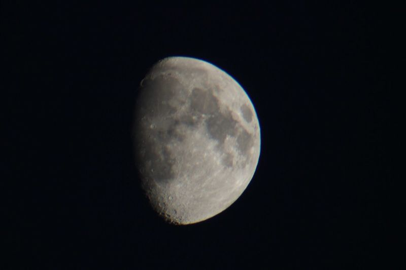 Moon Night Moon Surface Astronomy Planetary Moon Beauty In Nature Nature Scenics Tranquility Majestic Tranquil Scene Space Exploration Half Moon Idyllic Dark Discovery Outdoors Sky Clear Sky Low Angle View La Luna