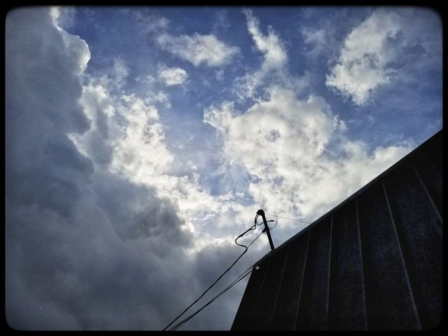 Cloud - Sky Low Angle View Skill  Sky Outdoors One Person Only Men