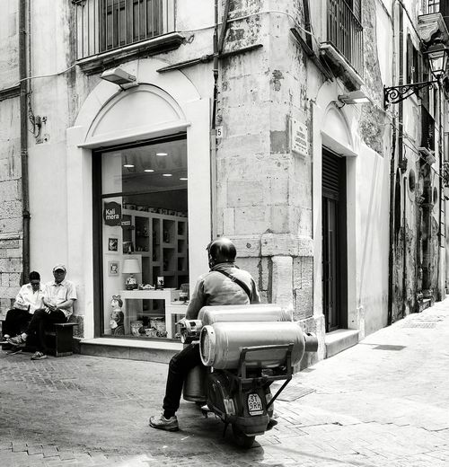 "from my SICILY 2016 - Series... ""Oversize load"" The Street Photographer - 2016 EyeEm Awards Siracusa Bianco E Nero Streetphoto Streetphotography Bnw Photography Streetphotographer Sicily, Italy Siracusa Sicily Two Is Better Than One"