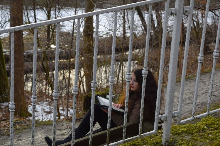 Winter 2016 Reading Reading A Book Relaxing That's Me Hello World Nature Hello World Red Lips Brown Hair Curly Hair Book Girl Me Wood Wonderwood Wonderland