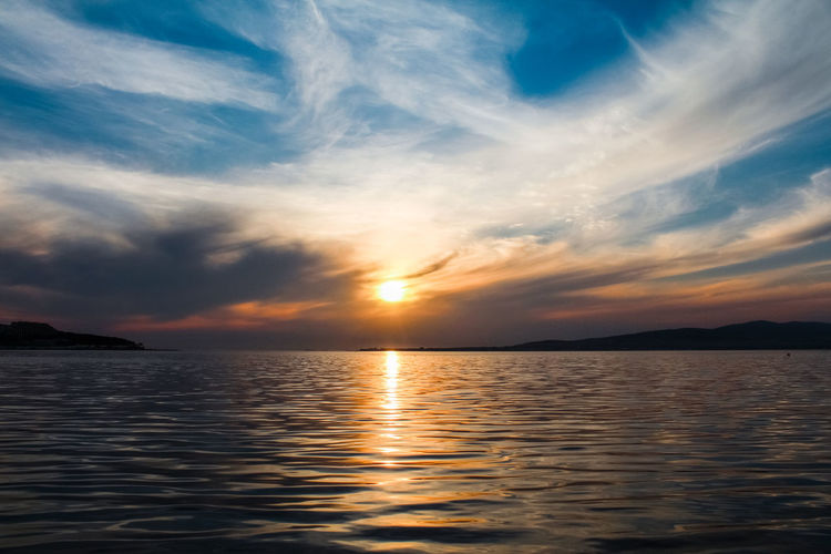 Beauty In Nature Calm Water Cloud - Sky Colorful Colorful Nature Colorful Sky Colorful Sunset Colors Epic Shot Photography Epic Sunset Horizon Over Water Nature Rippled Sea Seascape Seascape Photography Sky Sunset Water Waterfront