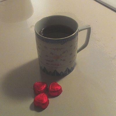 #chocolate & #blackcoffee <3 #happyvalentinesday Coffee Chocolate KAWAII Happyvalentinesday Valentinesday Blackcoffee Coffeejunkie Lookatthatcoffee Coffeedelicious Kawaiifood Coffeegram Cutefood