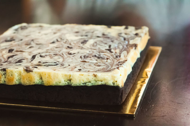 Marble cake cheese brownies. Food Food And Drink Freshness Close-up Ready-to-eat Indoors  Bread Still Life No People Indulgence SLICE Focus On Foreground Table Wellbeing Healthy Eating Dairy Product Sweet Food Cheese Sweet Baked Temptation Tray Breakfast Japanese Food