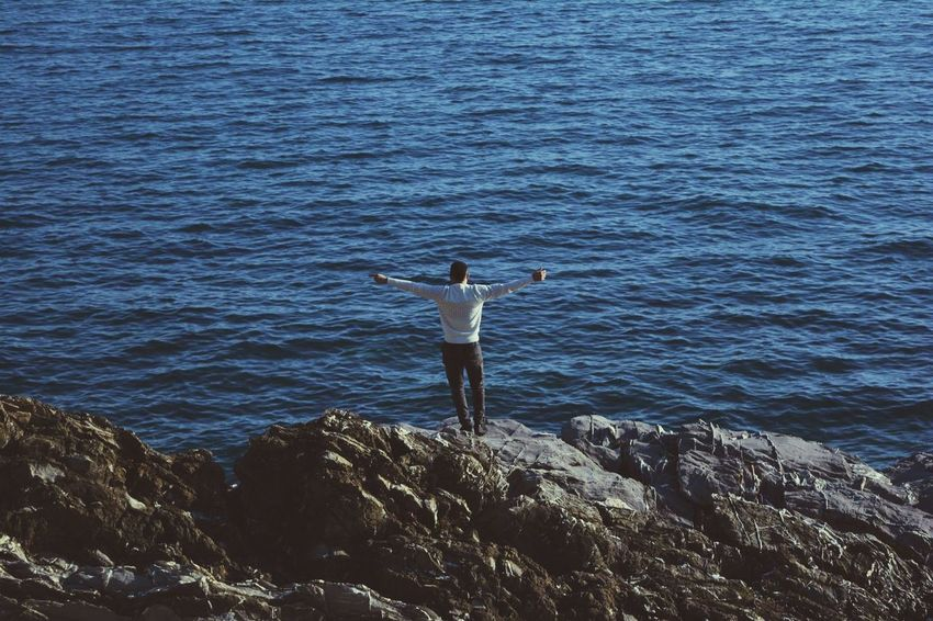Sea Horizon Over Water Water One Person Nature Standing One Man Only Outdoors Real People Only Men Day Men Scenics Young Adult Beauty In Nature Adult Adults Only People Sky Italy