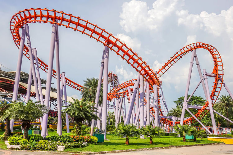 Siam Park City, Bangkok, Thailand - September 28, 2018 : Roller Coaster at Siam Park City or SuanSiam, Bangkok, Thailand. Amusement  ASIA Background Bangkok Blue City Coaster Danger Editorial  Entertainment Excited Excitement Express Extreme Fair Fast Festival Frightened  Fun Funny Holiday Joy Loop Outdoor Park People Play Quick Rail Railroad Rails Railway Rapid Recreation  Ride Roller Rollercoaster Scared Shocked Siam Sky Speed Speedy Suan Summer Thai Thailand Theme Toy Track
