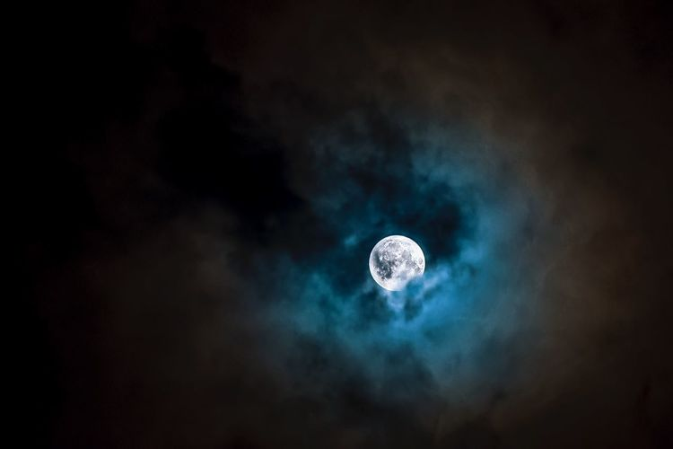 Low Angle View Night Astronomy Sky Nature Beauty In Nature No People Moon Space Galaxy Outdoors pic I took of the moon this morning. Full Moon Clouds Space Nightphotography Colors For Sale Circle Kris Slater EyeEmBestPics Night Sky Stars my first attempt at moon photography 🌙