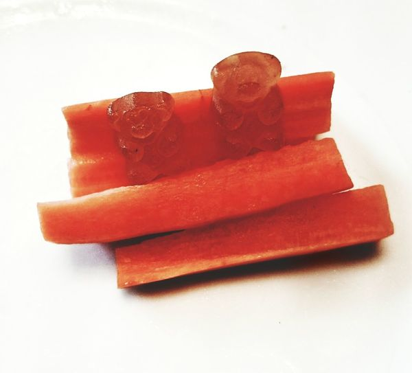 VitaminGummibärchen  vs. Karotten VitaminGummibears vs. Carrots