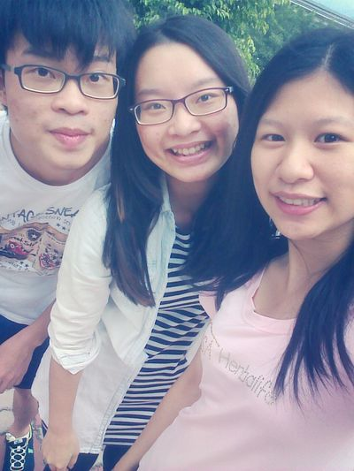 Have A Nice Day♥ With My Brother And Sister Today