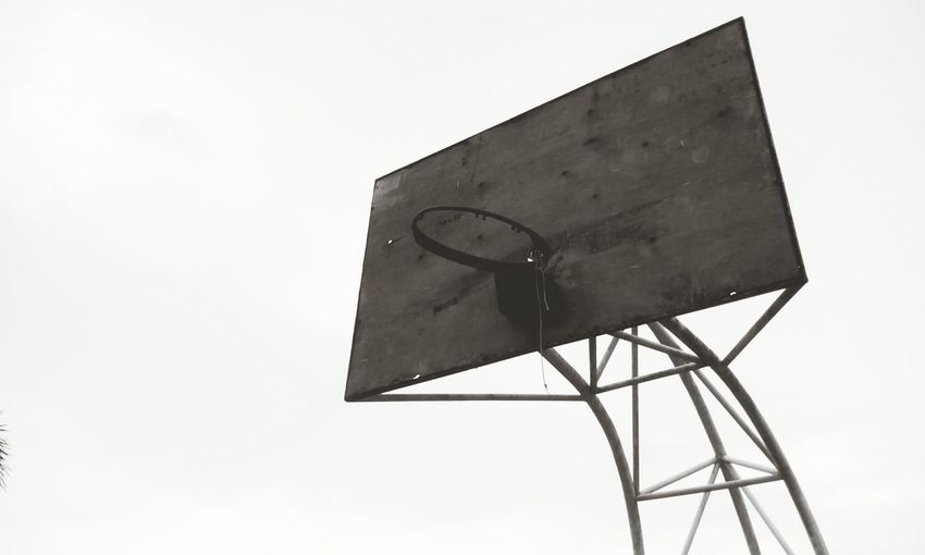 Basketball Board Ring Broken Dunk Dunked On Dilapidated