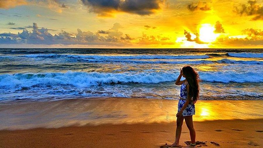 Srilankan sunsets.SriLanka Bentota Beach Beachlife Sunset Nature Induruwa Templetreeresort Spa Wanderlust LG  G4 Camera Phonography  Photooftheday Picoftheday Travel Instatravel Throwback Live For The Story Sommergefühle