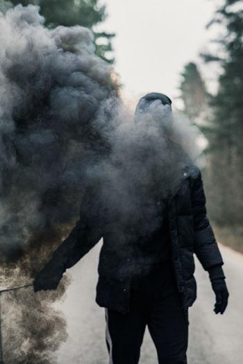 Black smoke bomb