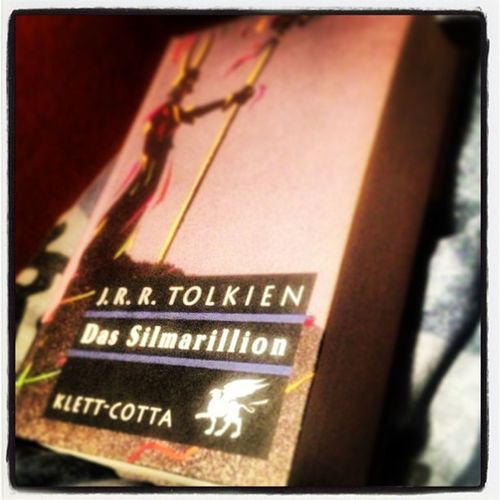 & der Marathon startet. #nowreading #silmarillion #tolkien #books Books Nowreading Tolkien Silmarillion