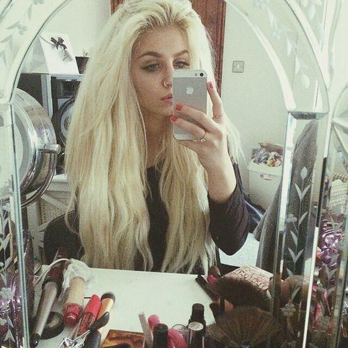 Self Portrait Blonde Chil My Night