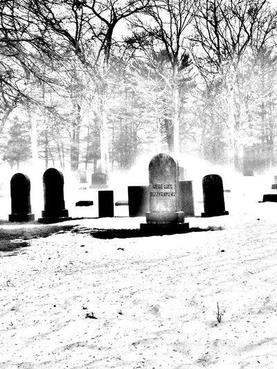 Cemetery Blackandwhite Darkart EyeEm Best Edits Eyeembestshot_landscape Morbid Gothicportrait Tombstone Graveyard