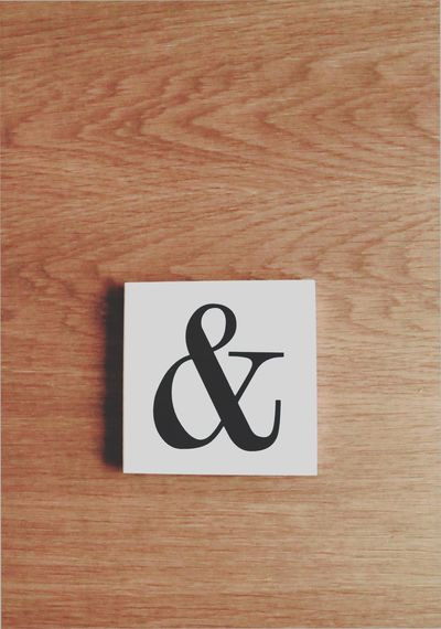 And ET Sign Signs Space Spacious Webstagram Webspace Tabletop Wooden Texture Wooden Backgrounds Background Print