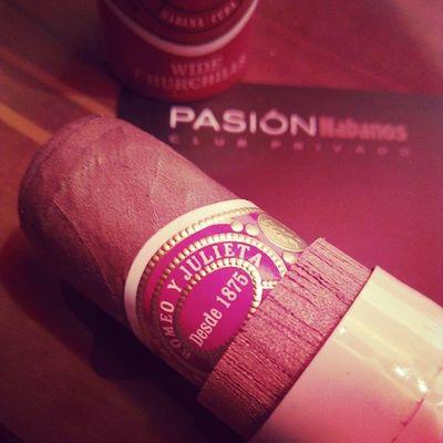 Un DIStylelife Cigar MomentoHabano