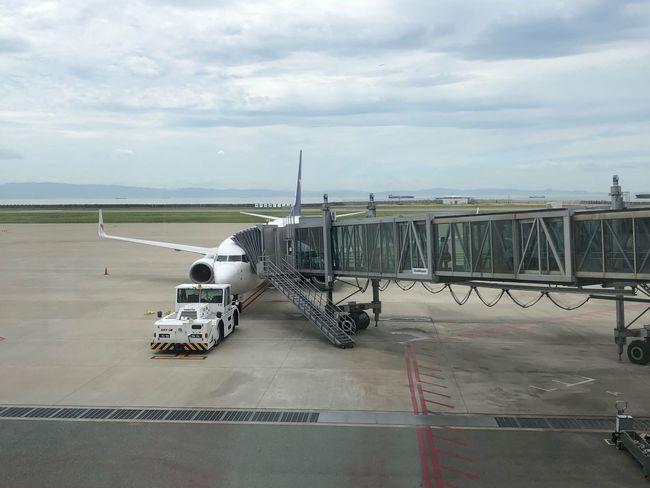 今から東京へ。本日もお世話になります☆ #スカイマーク #SKYMARK #神戸 Skymark Airlines Skymark Kobeairport Sky Cloud - Sky Water Sea Nature Day Transportation