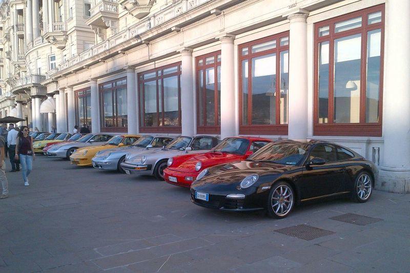 The Drive Porsche parade Car Porschecarrera