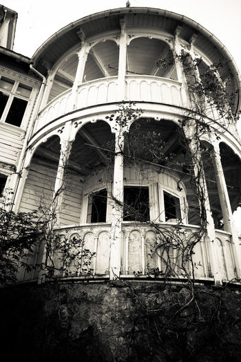 abandoned hotel